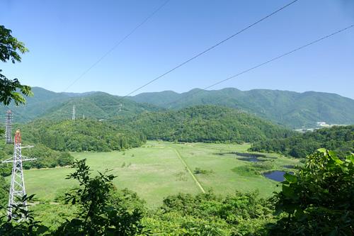 天筒山から見た中池見湿地