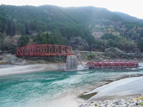 現地視察で見た肥薩線の鉄橋崩壊