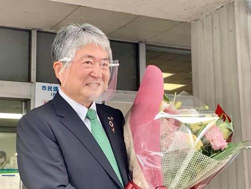 当選後、初登庁した浅野新市長(2020年7月31日)